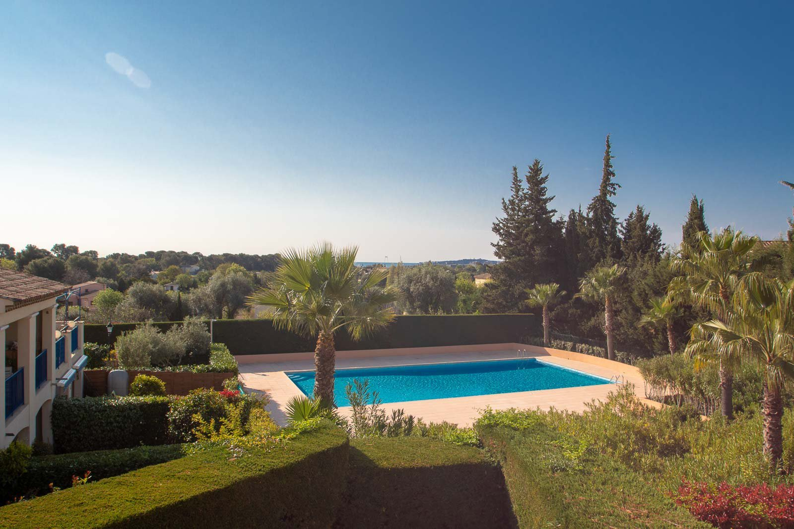 On the French riviera, villa for sales ready to use 2 bedrooms villa