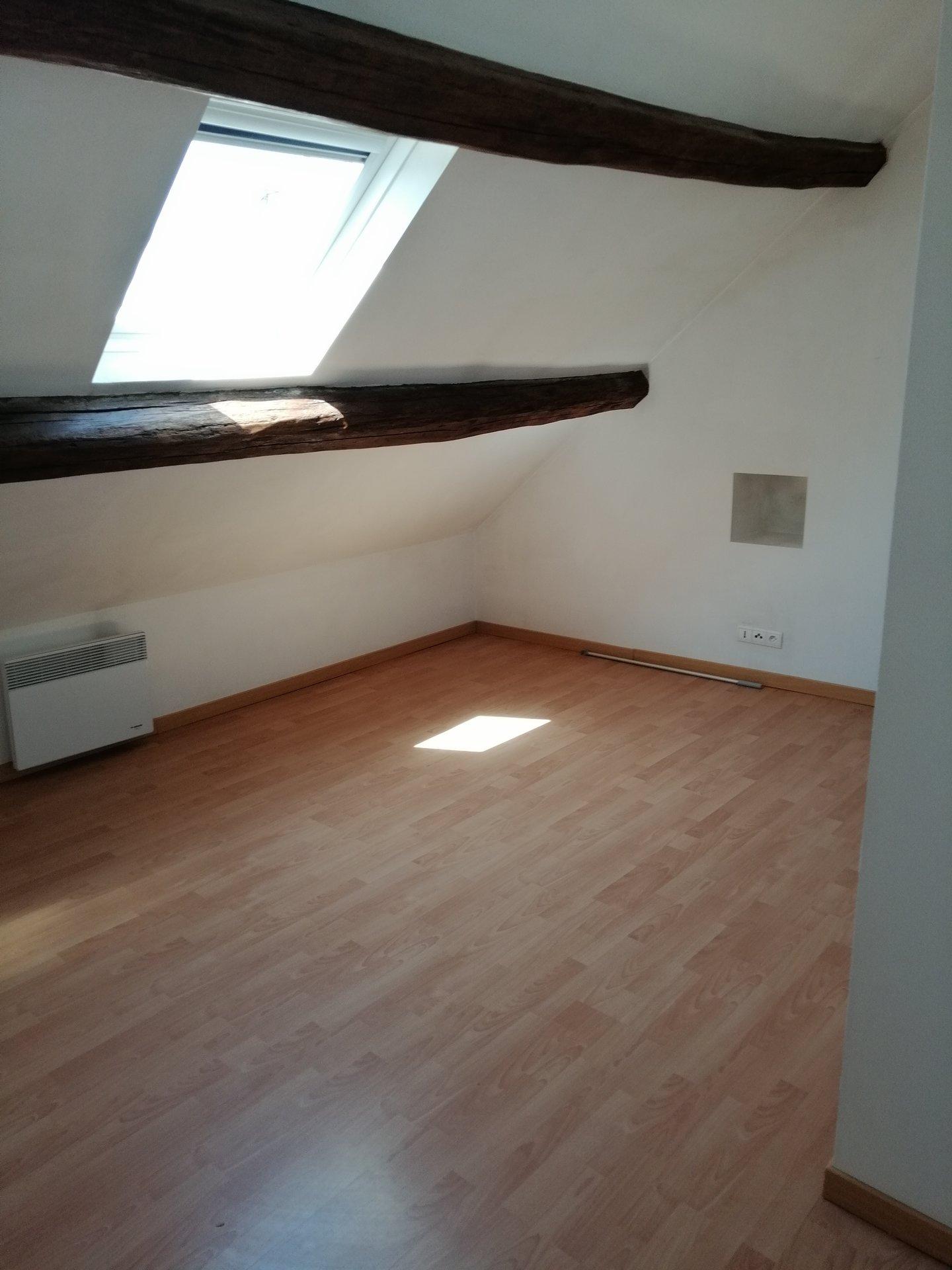 Appartement T3 - Saint Maximin Centre ville