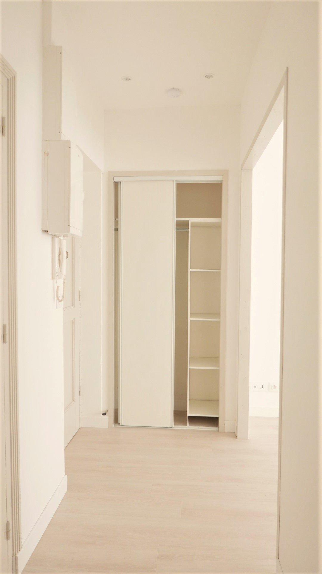 Location Appartement, Surface de 34.02 m², 2 pièces, Lyon 6ème (69006)