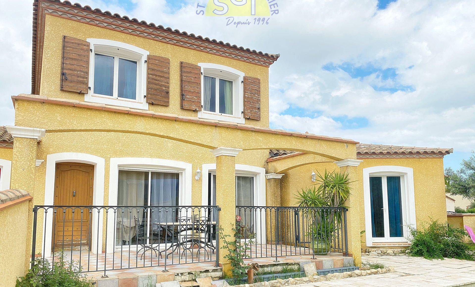 Villa 4 faces avec Piscine / Jacuzzi