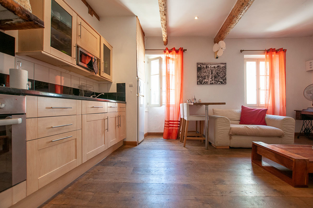For Sale Antibes - 1 bed apartment in the old Town