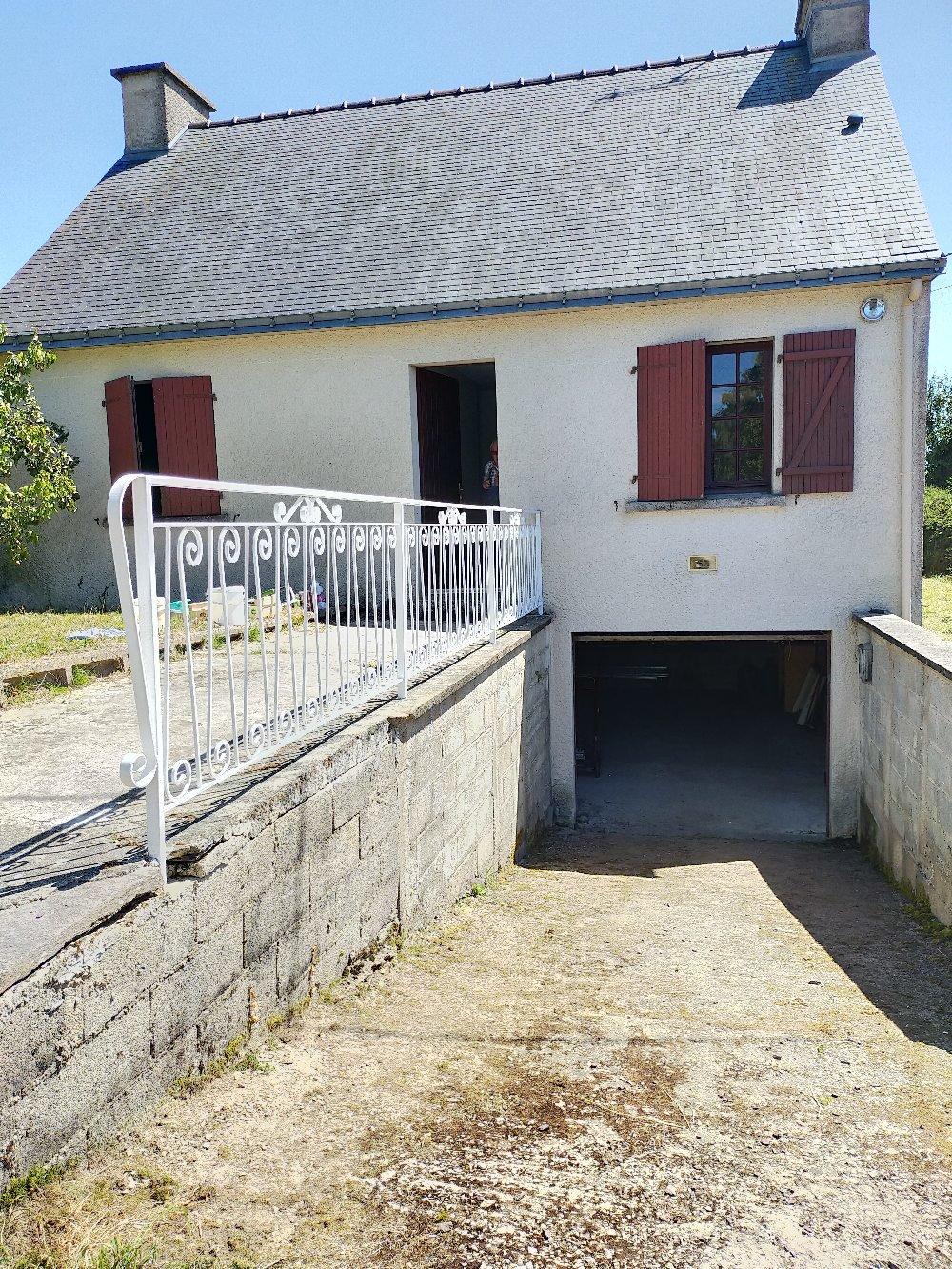 Maison T3 sur sous-sol complet-terrain 2860 m²