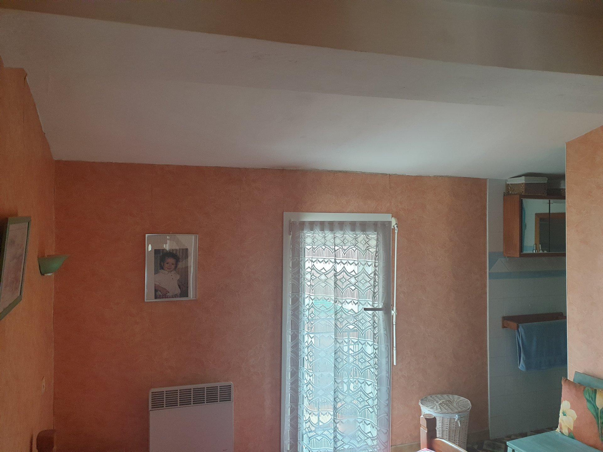 PIA maison de village r+1 t3 en 2 faces double vitrage