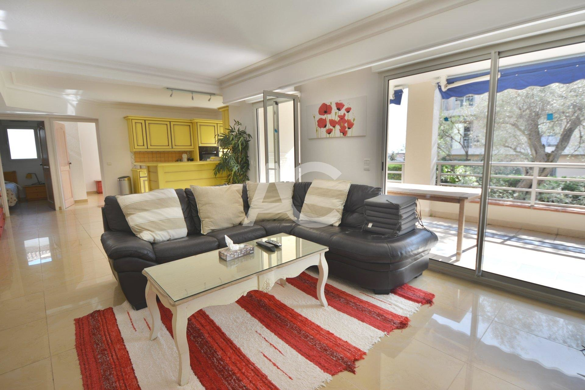 4 pièces dans résidence de luxe avec piscine - Juan les Pins