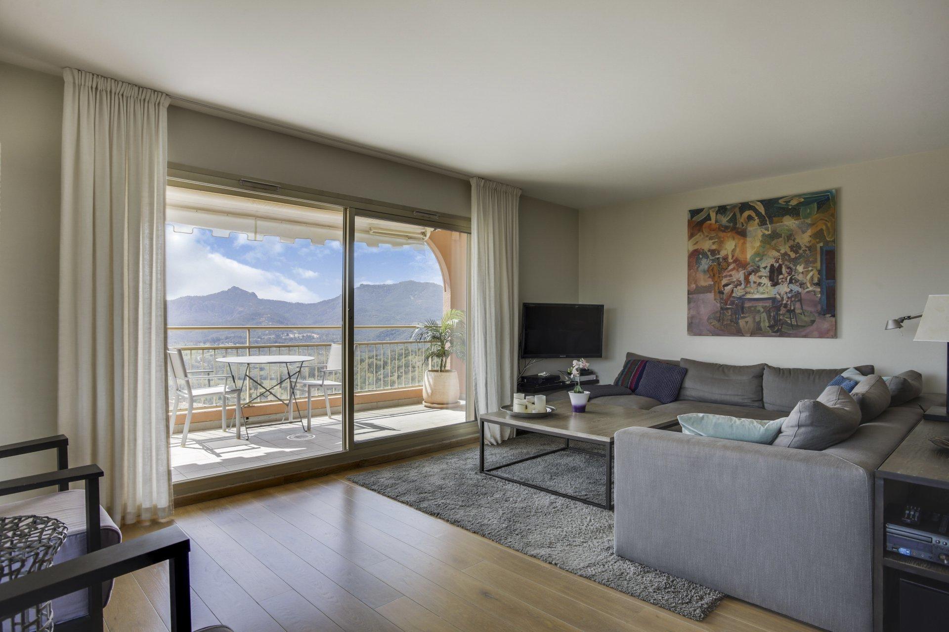 Mandelieu-La-Napoule  - Exclusivité -  Magnifique appartement d'angle