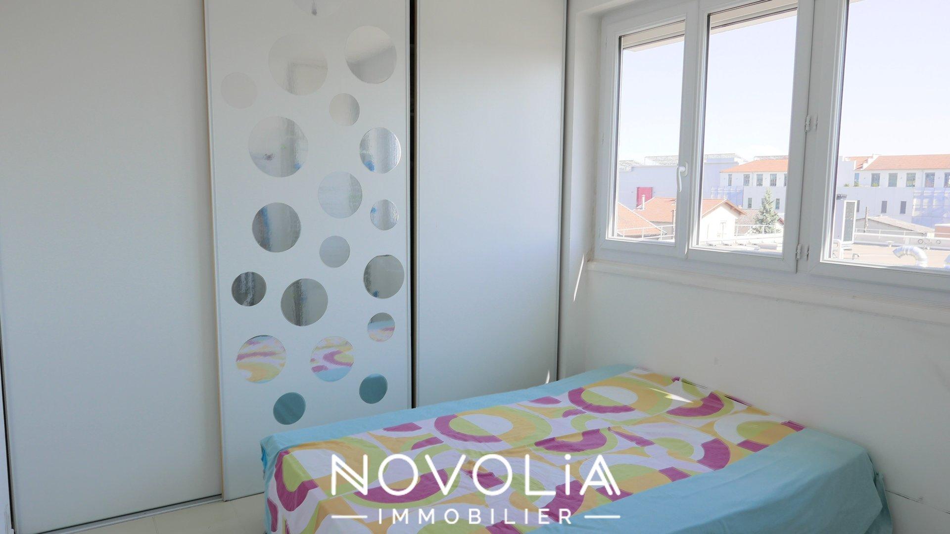 Achat Appartement, Surface de 94.61 m²/ Total carrez : 82.46 m², 4 pièces, Villeurbanne (69100)