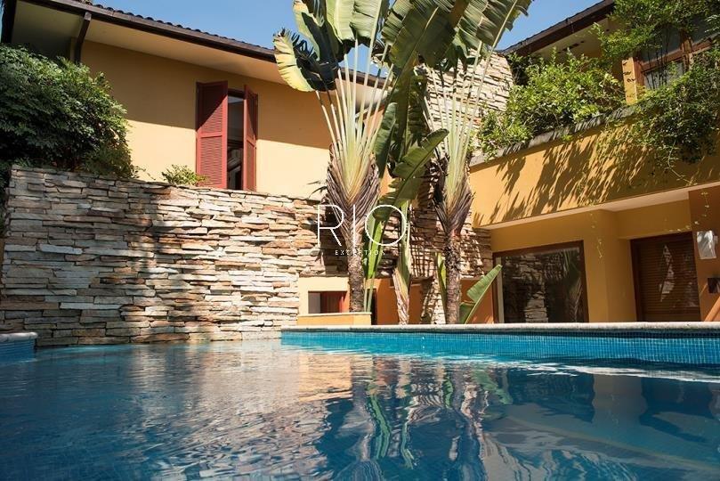 Linda casa de 862m2 - 4 suítes - no Jardim Botânico !