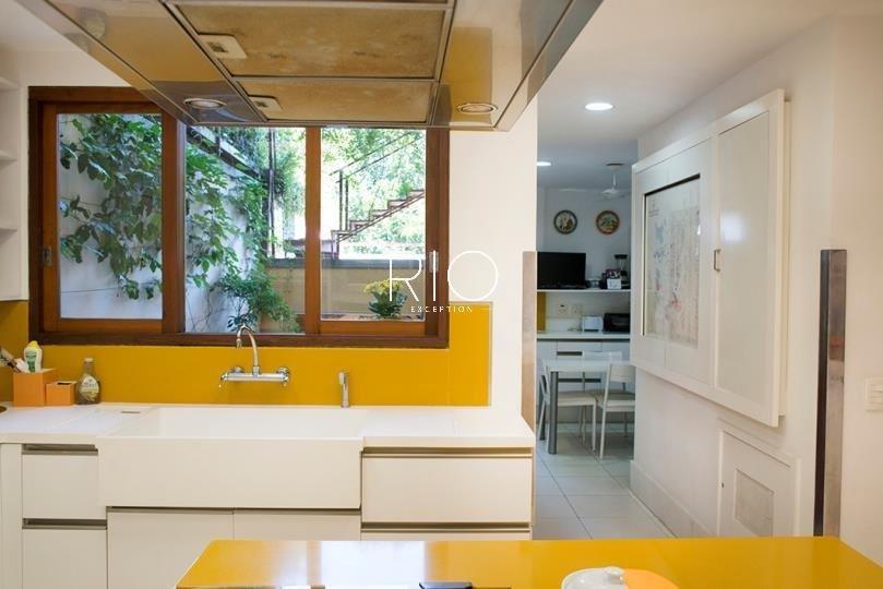 Magnifique maison de 862m2 - 4 suites - au Jardin Botanique !