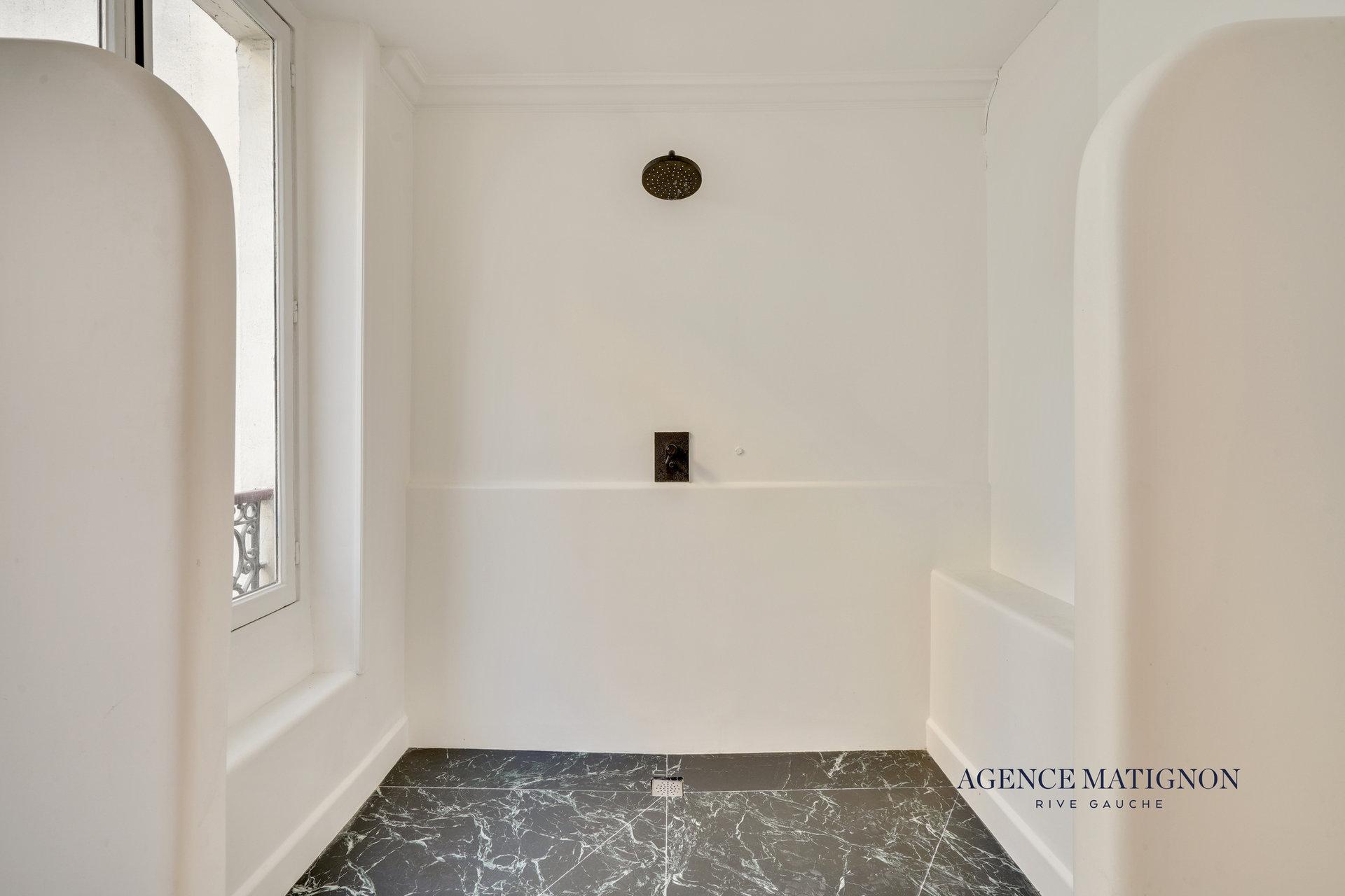 Appartement 5 pièces 152 m² 75007