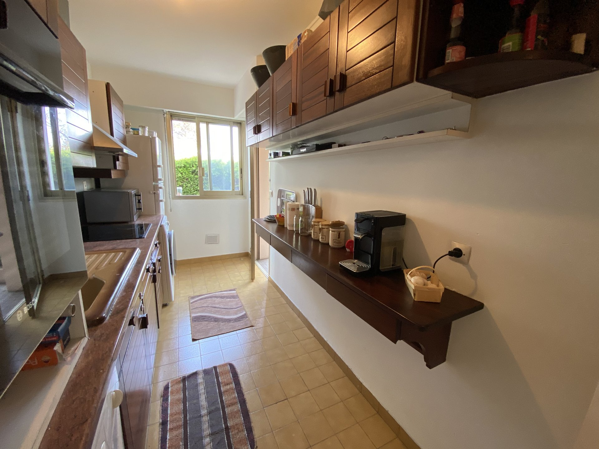 LE CANNET SALE 4 ROOMS ON GROUND FLOOR IN SMALL RESIDENCE