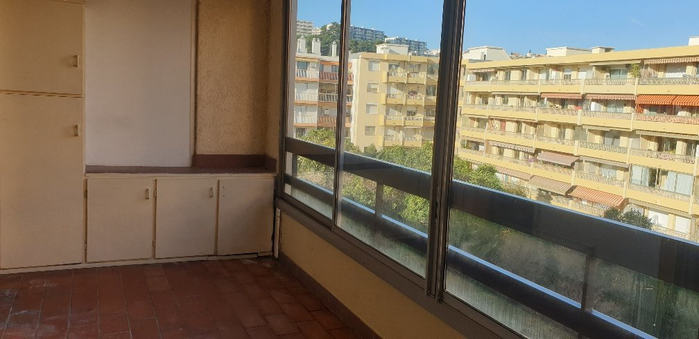 Sale Apartment - Saint-Laurent-du-Var Centre Ville