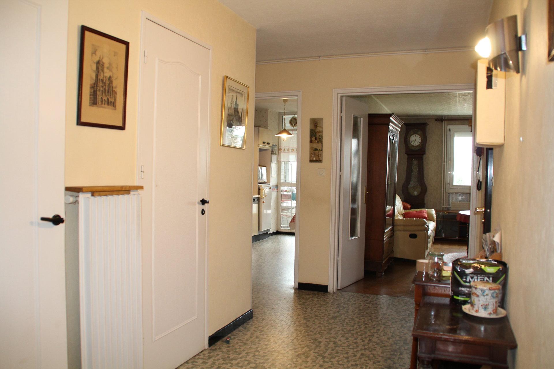 Appartement d'environ 80 m²