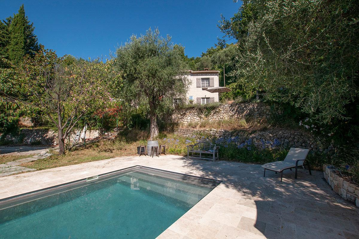 Charmante villa provençale proche du village a pied