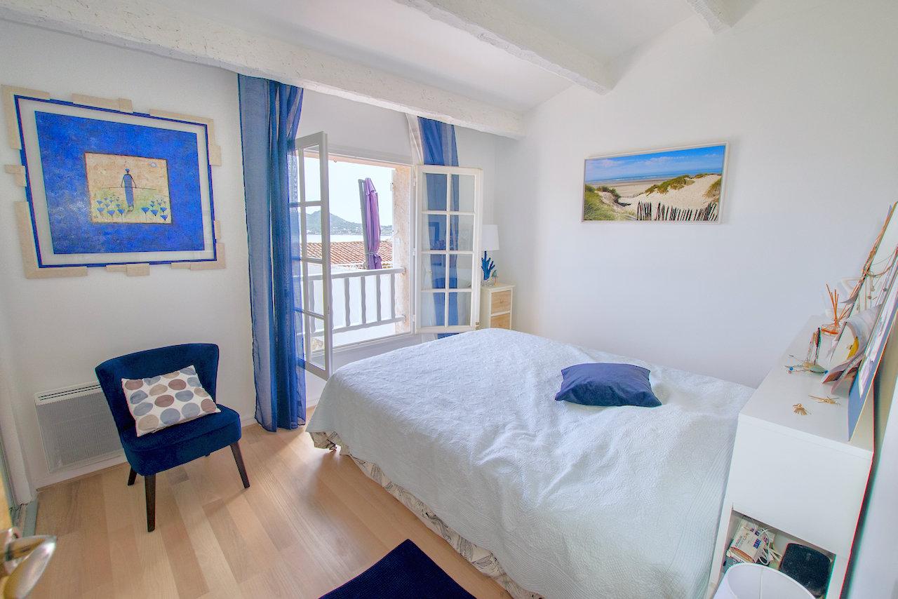 Agay - Prêt à emménager dans une maison de 2 chambres avec belle vue mer