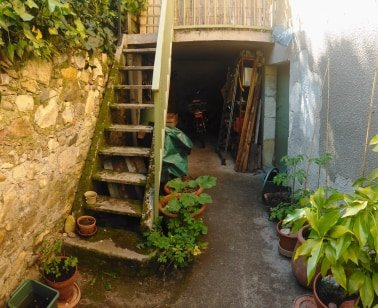 Near to Salie du Salat a 4 Bedroom Village House of 120m²