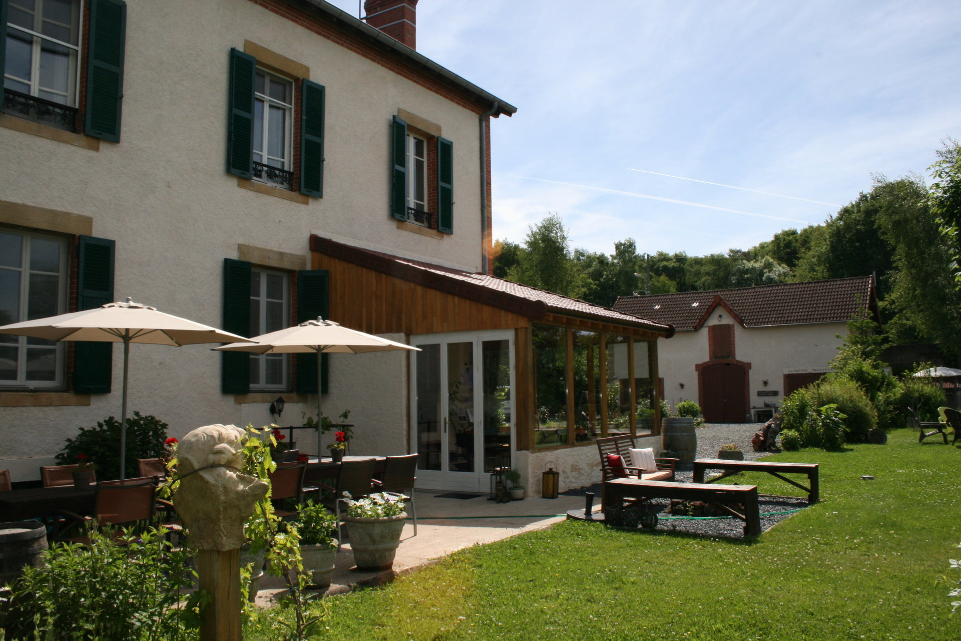 Mansion for sale in the south of Burgundy (71)
