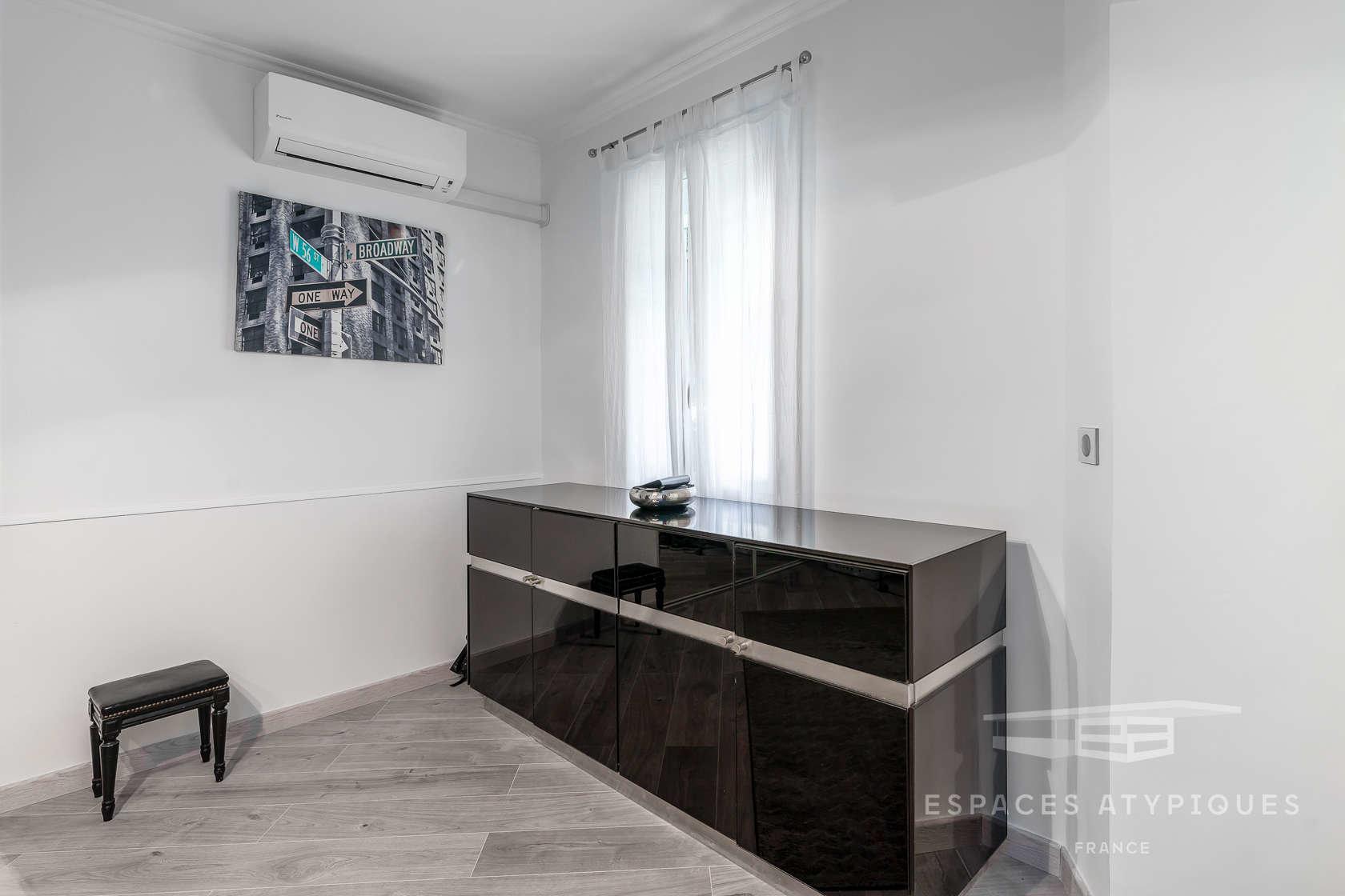 Beautiful Art Déco 2-bedroom apartment Garden of 70 sqm