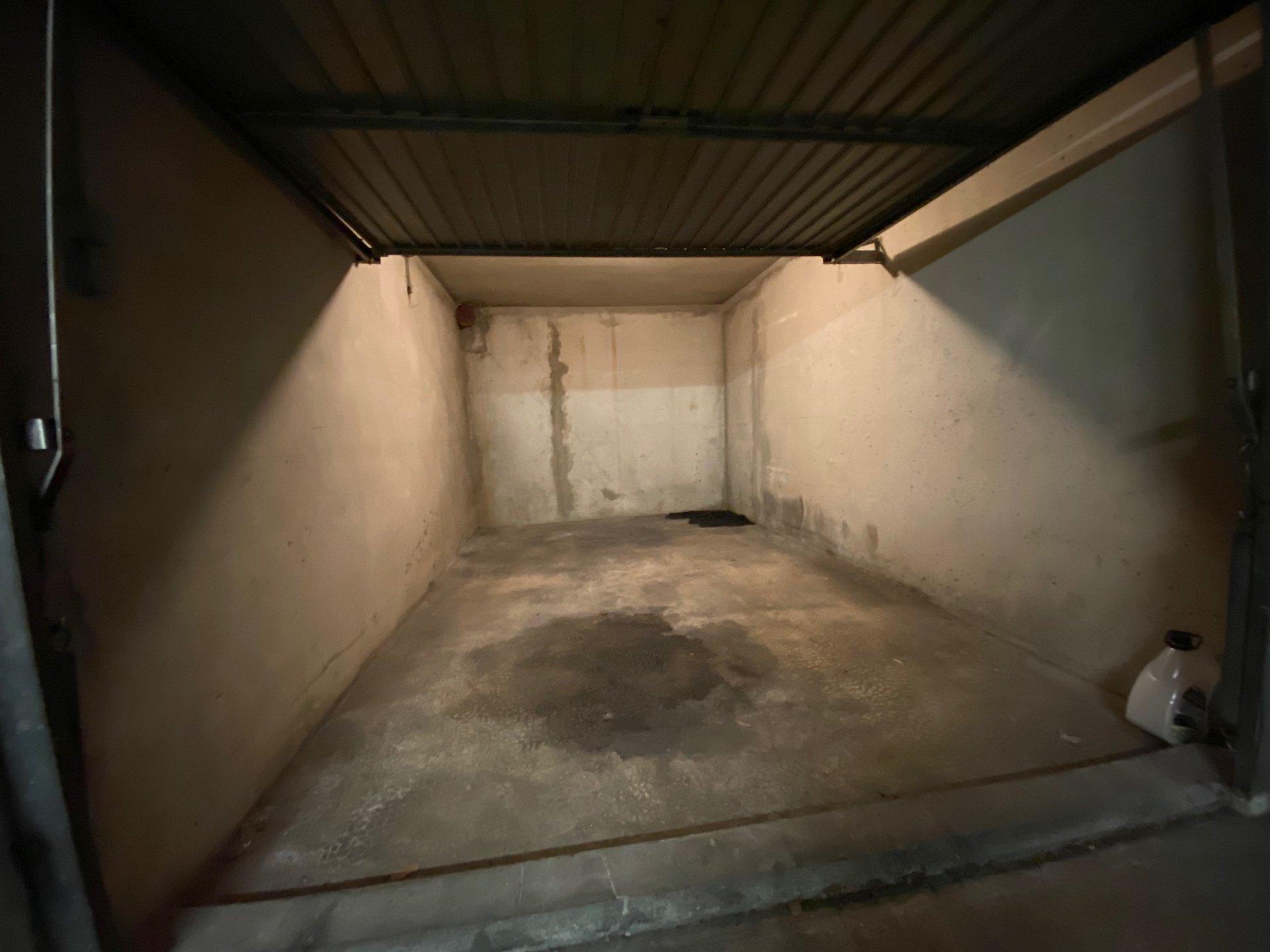 Garage Camas Le Sémiramis