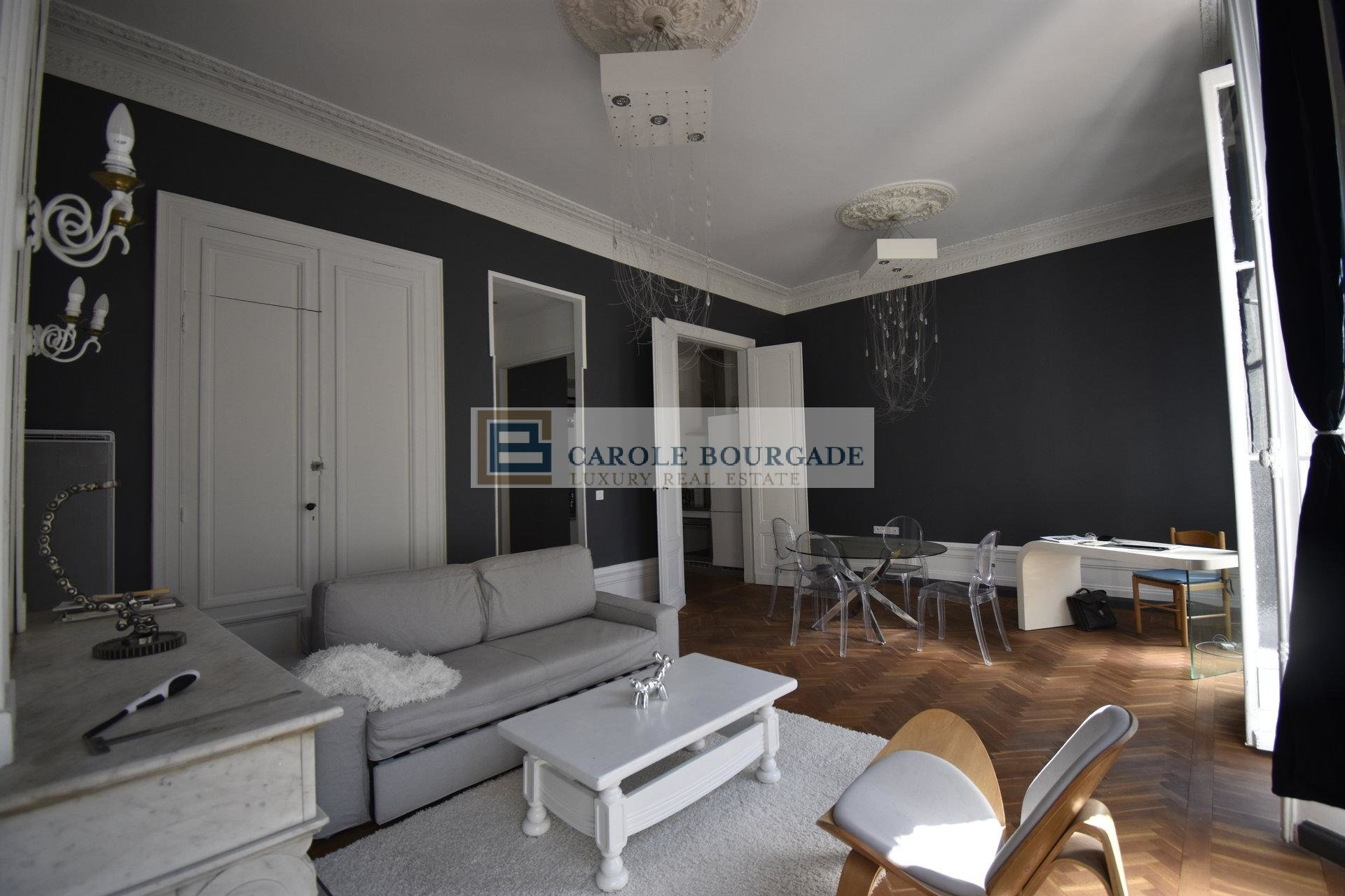 3 ROOMS APARTMENT WITH FURNISHED BALCONY BORDEAUX HYPER CENTER