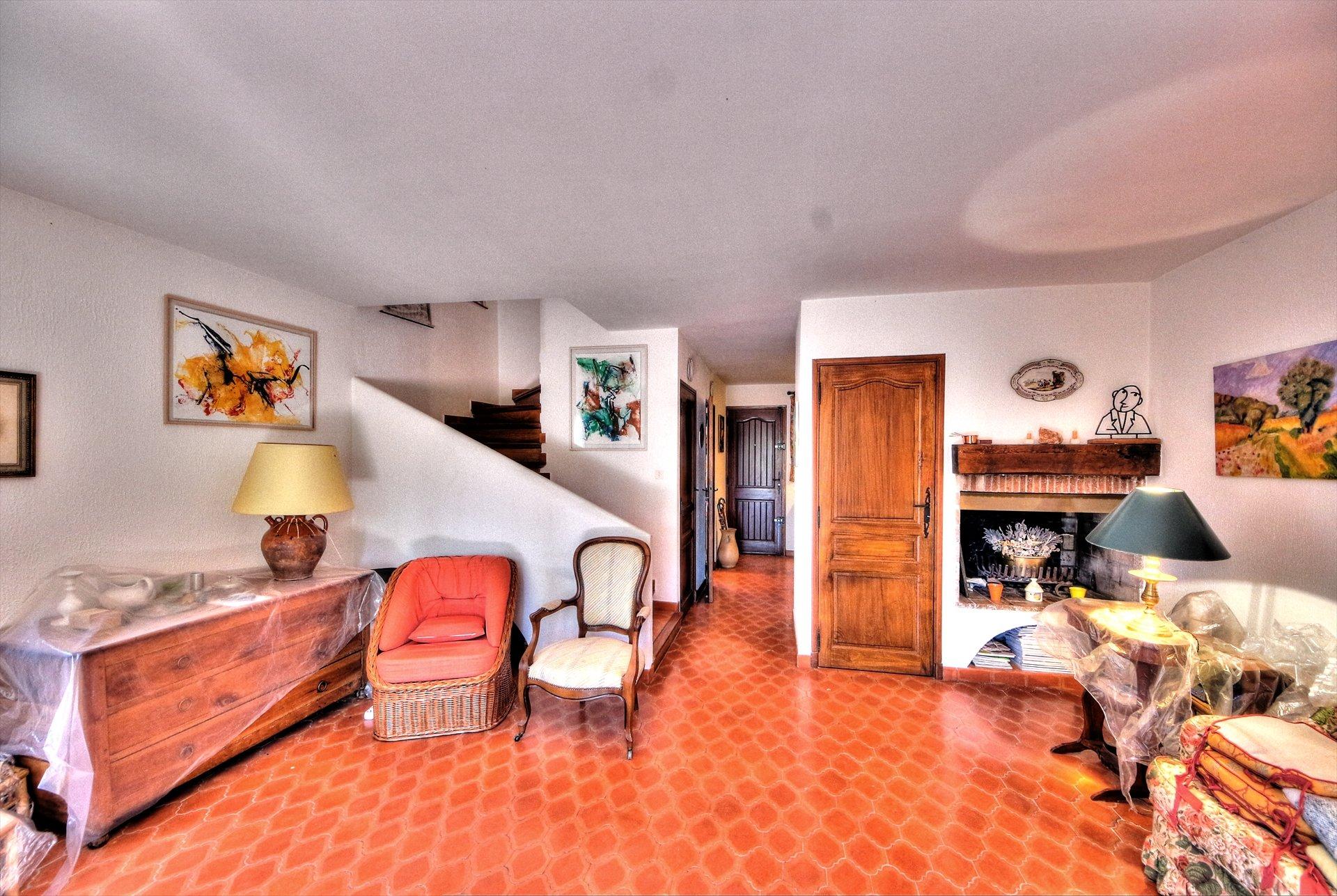 Tourtour, jolie maison avec jardin Verdon Var Provence