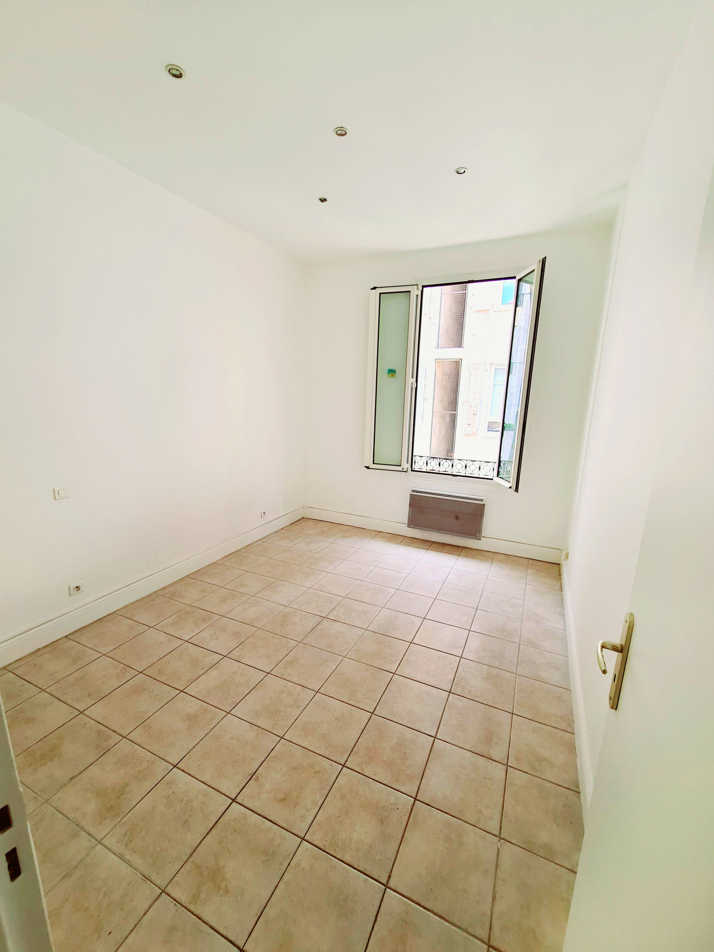 Location Appartement - Nice Libération
