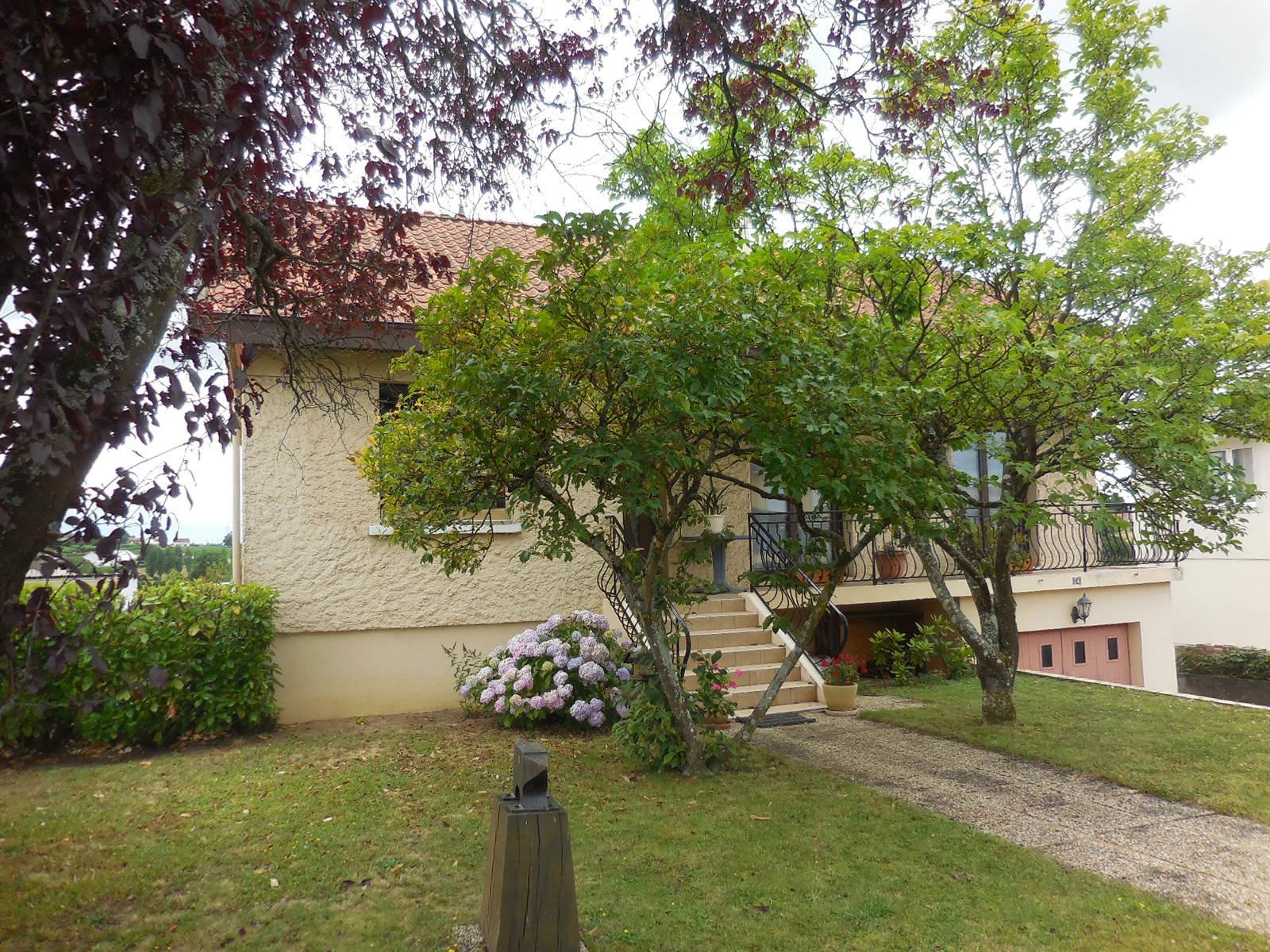 Sale House - Saint-Berain-sous-Sanvignes