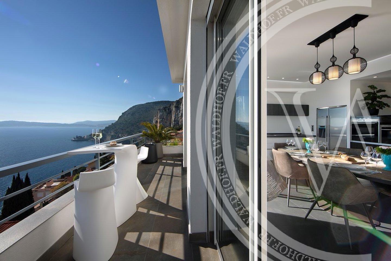 Villa de 4 chambres entièrement rénovée à 5 minutes de Monaco ,dans une domaine privé
