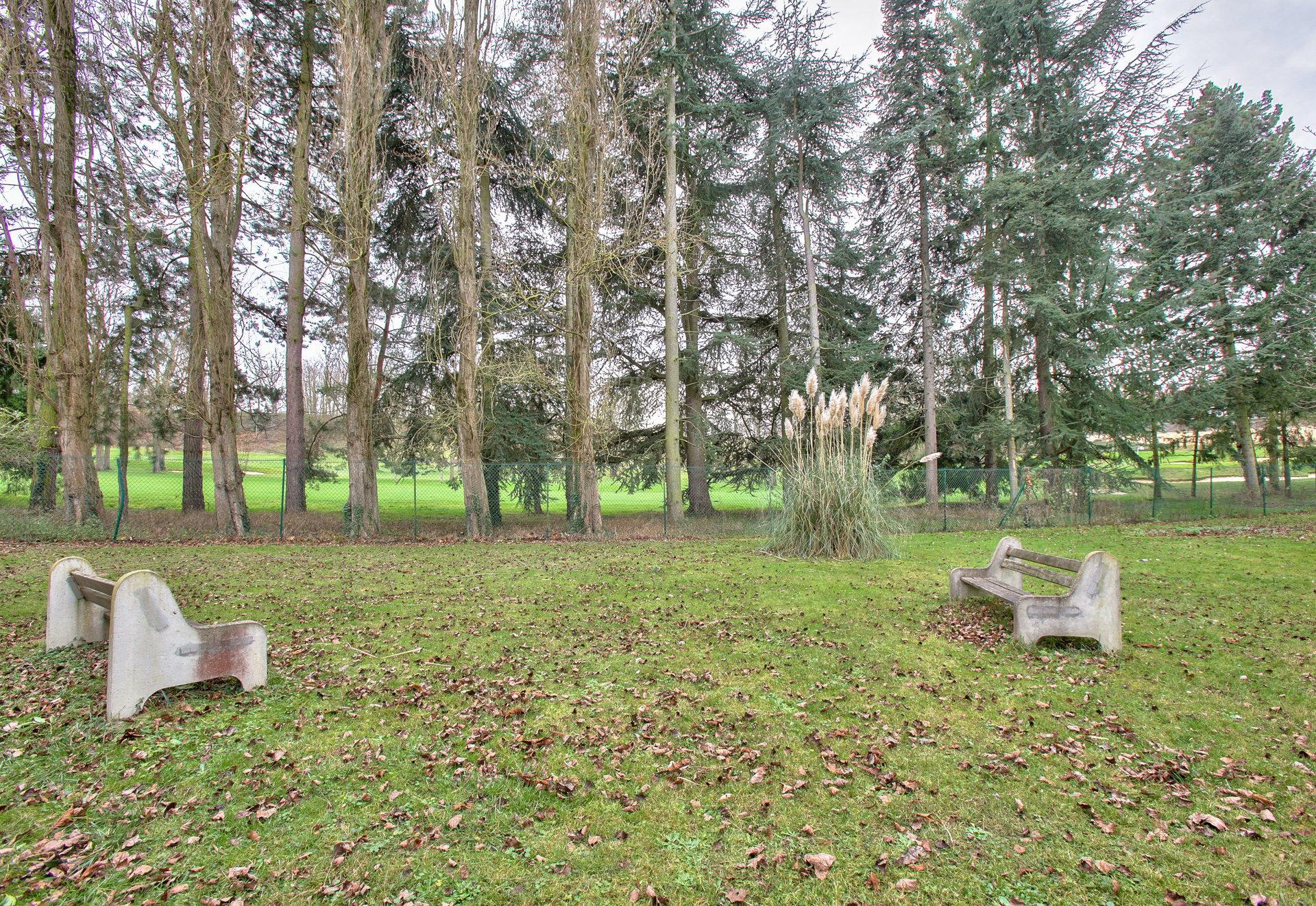 Rueil-Malmaison - Haut de Rueil, donnant sur le golf.