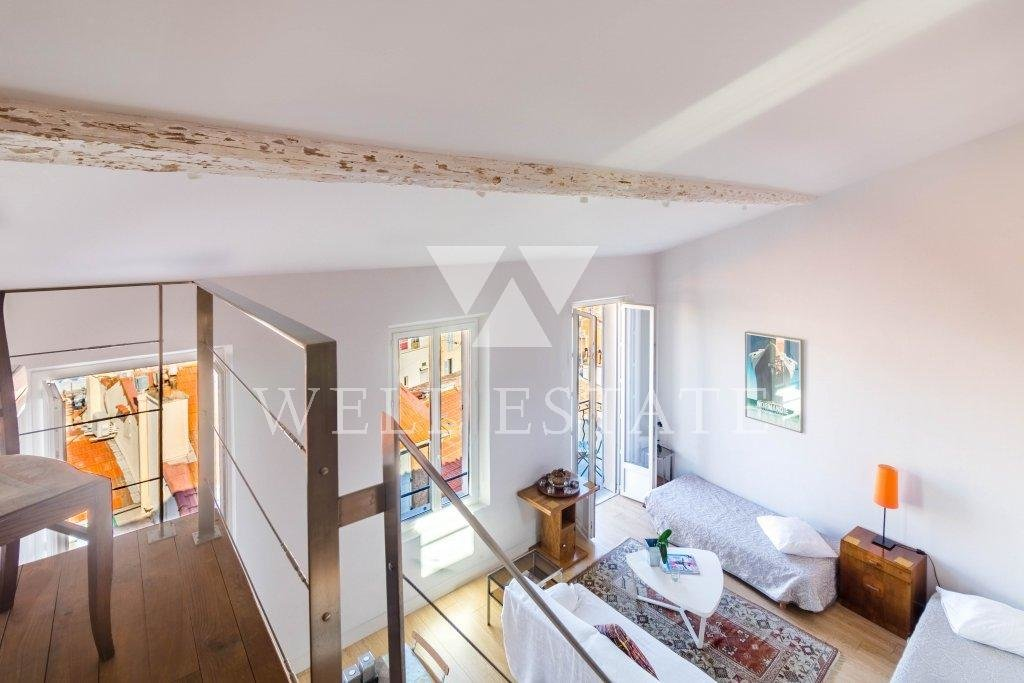 LOFT 85 M2 WITH STUNNING VIEW ON THE OLD PORT CANNES