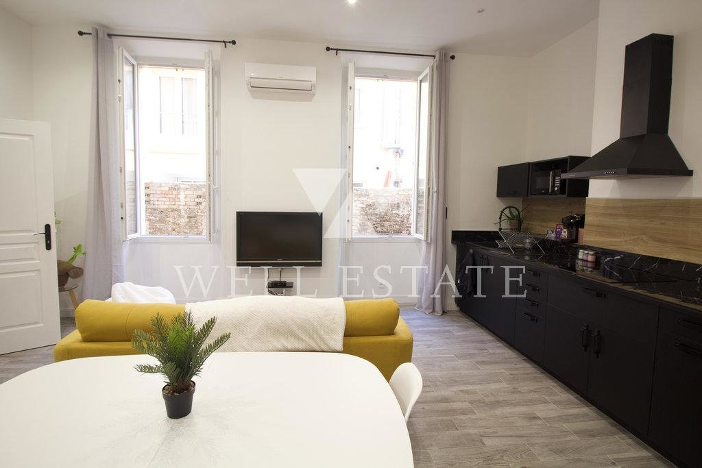 3  ROOMS RENOVATED APARTMENT - CANNES SUQUET
