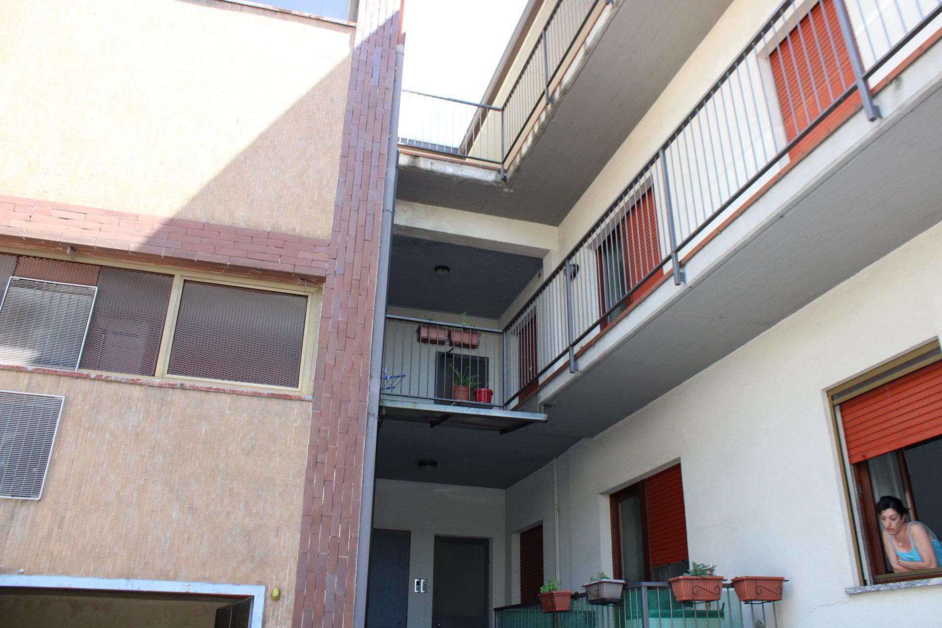 Sale Apartment - Carimate Montesolaro - Italy