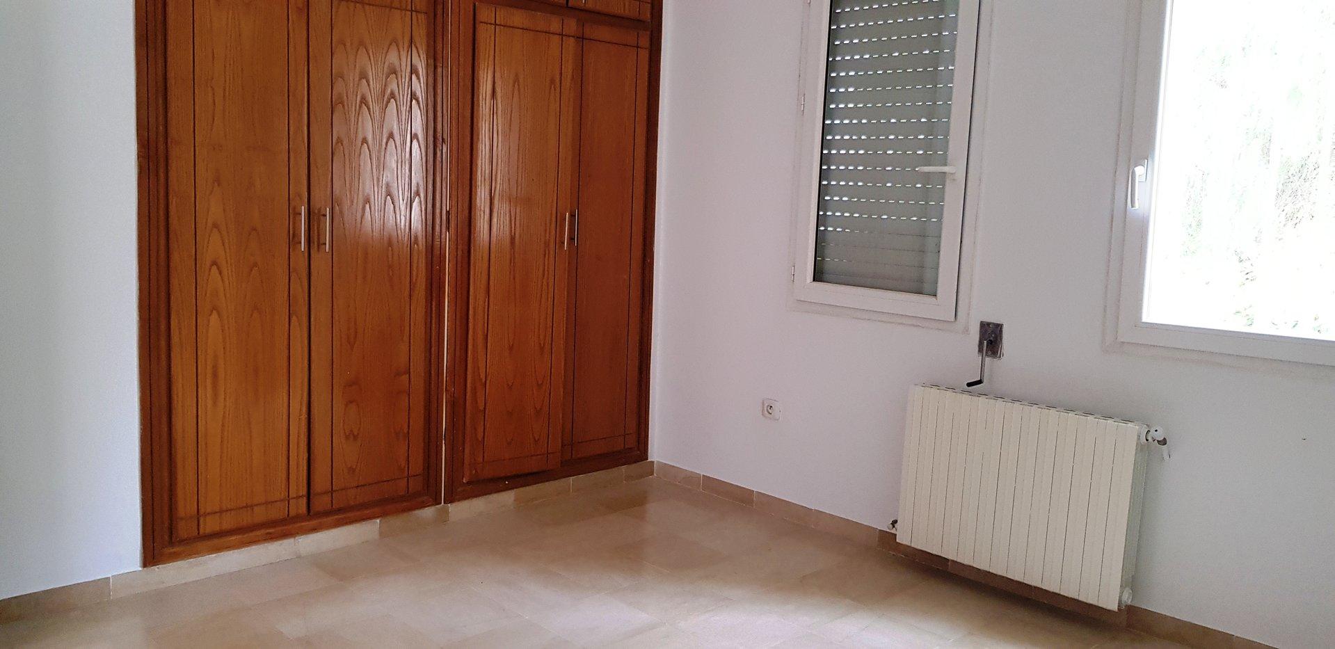 appartement salon et une chambre