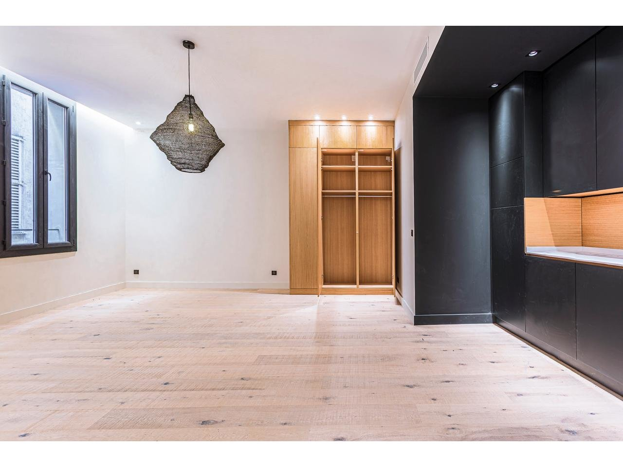 VIEUX NICE - renovated 3 room apartment in the old city