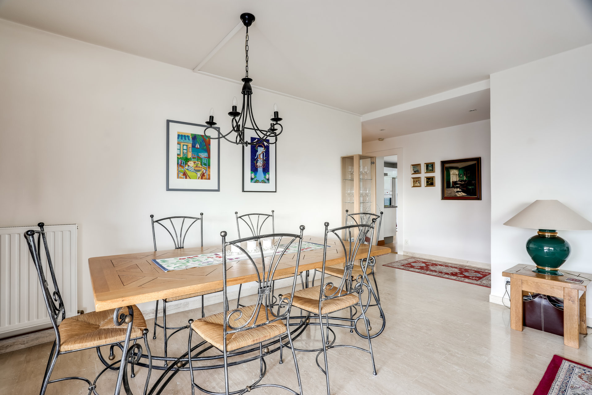 ANTIBES Badine - Sole Agent - 4 rooms apartment with sea view.
