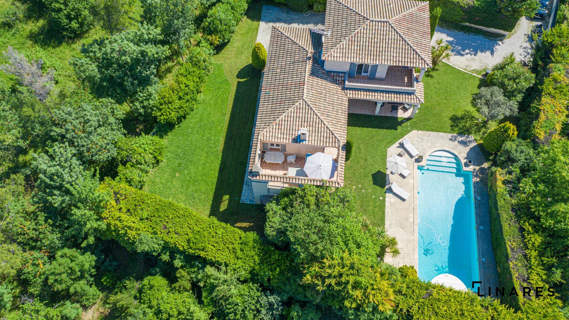 CHARME TRADITIONNEL Villa de 155m2 sur Terrain de 1280m2 aux Accates