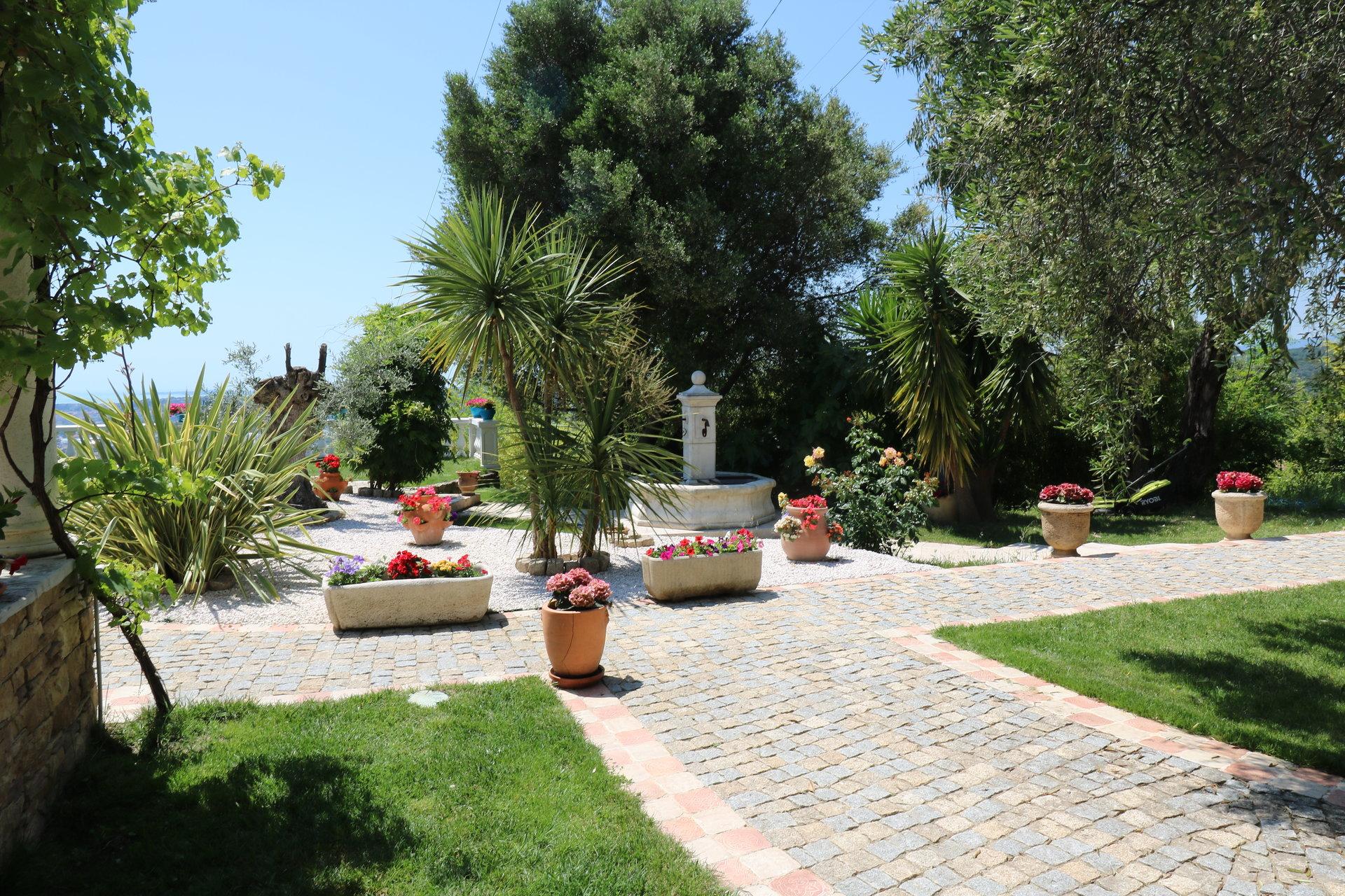 Saint Romain de Bellet villa de charme