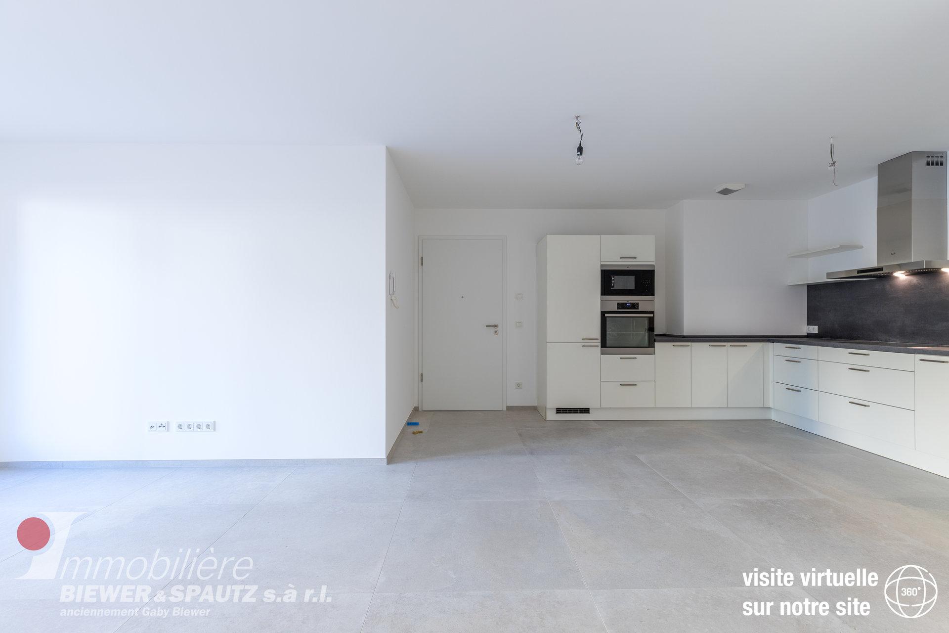 FOR RENT - Apartment with 1 bedroom in Berbourg