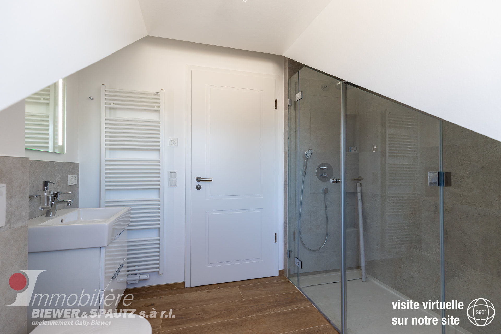 RENTED - Apartment-duplex with 2 bedrooms in Berbourg