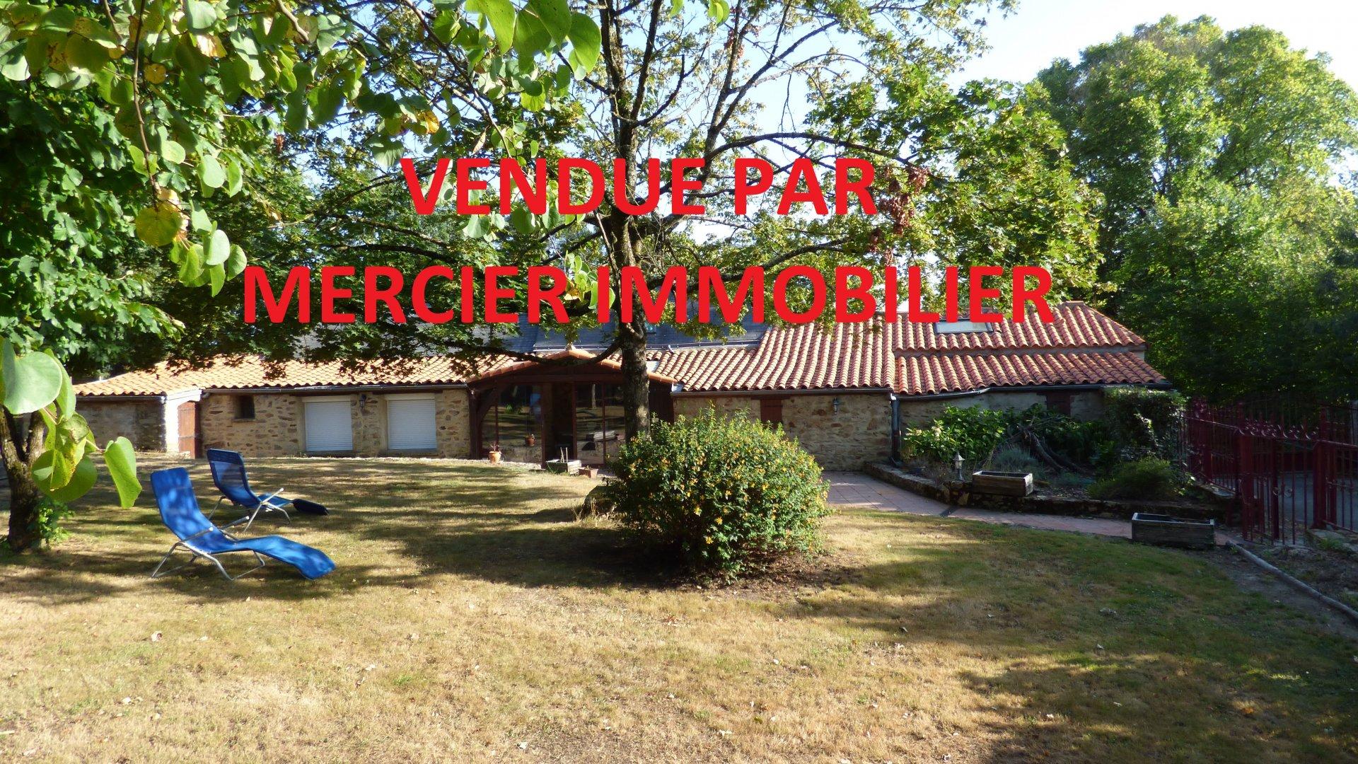 Saint Etienne de Montluc longère parfaitement située