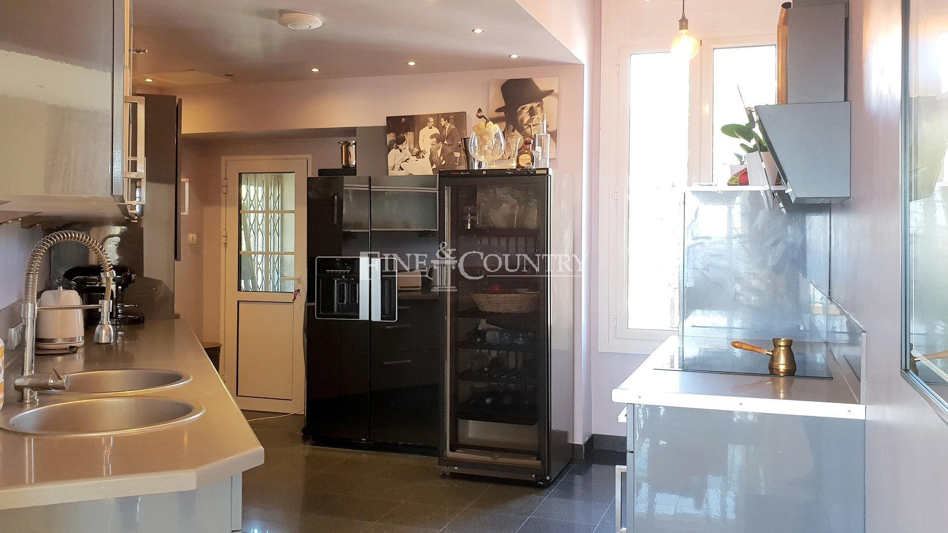 Verkauf Wohnung - Cannes Croix des Gardes