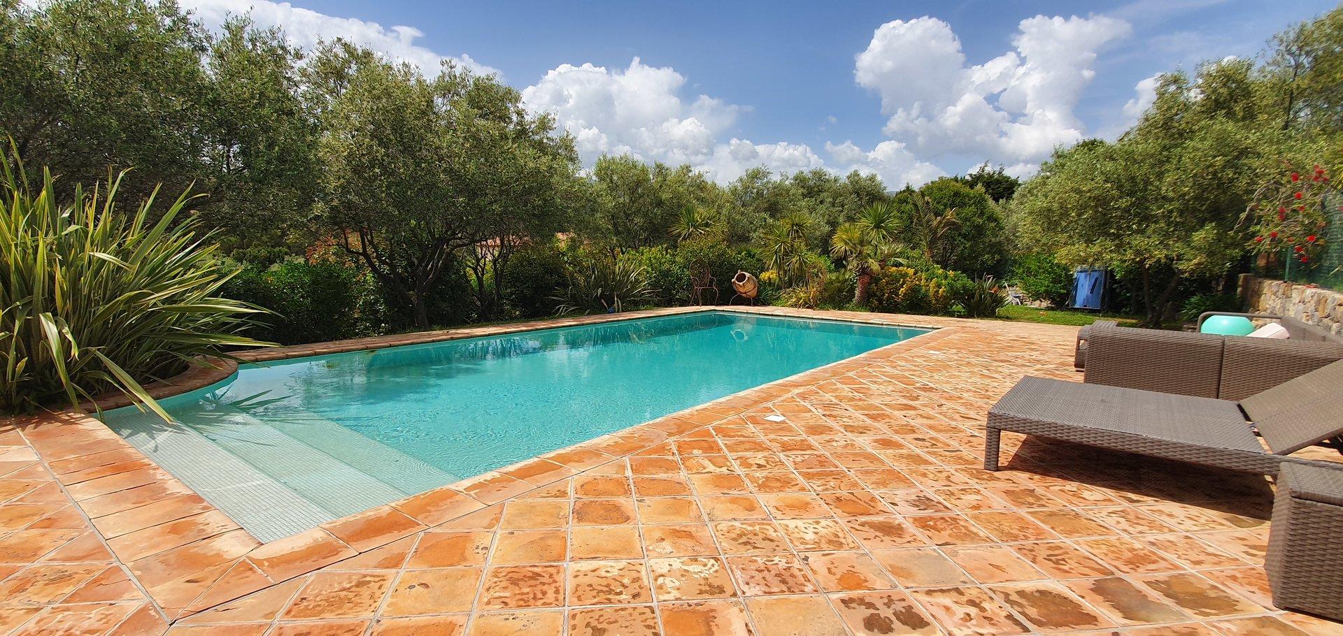 Magnifique villa provençale Le Rouret