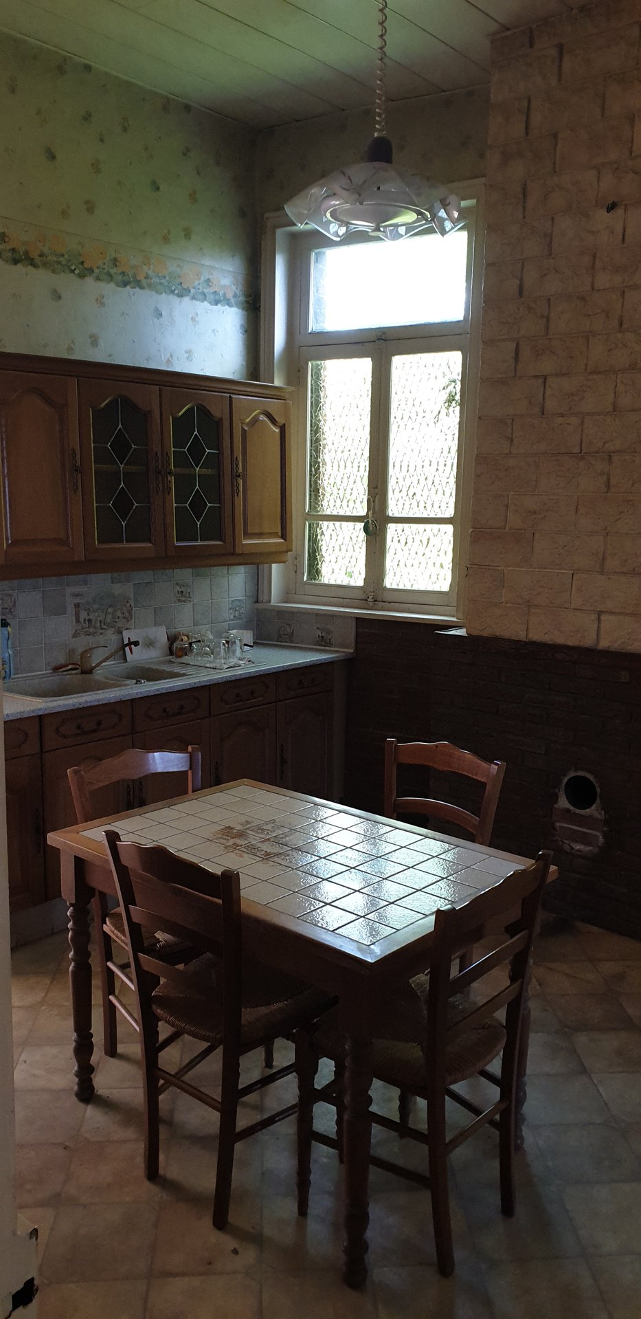 Maison semi-individuelle à rénover