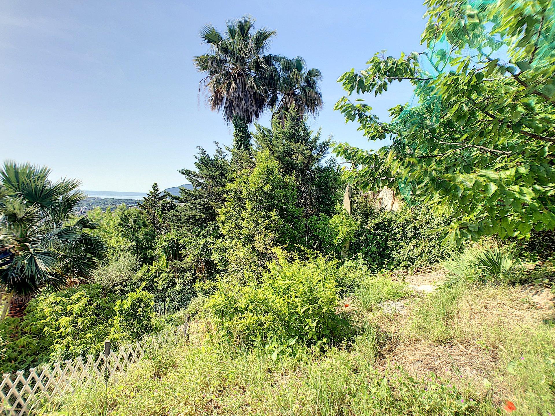Mandelieu, villa spacieuse de 200 m² vue mer et montagne