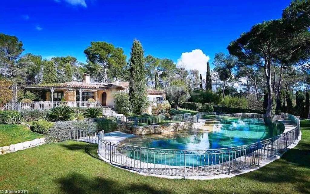 Purchase / Sale Prestigious property in Mougins