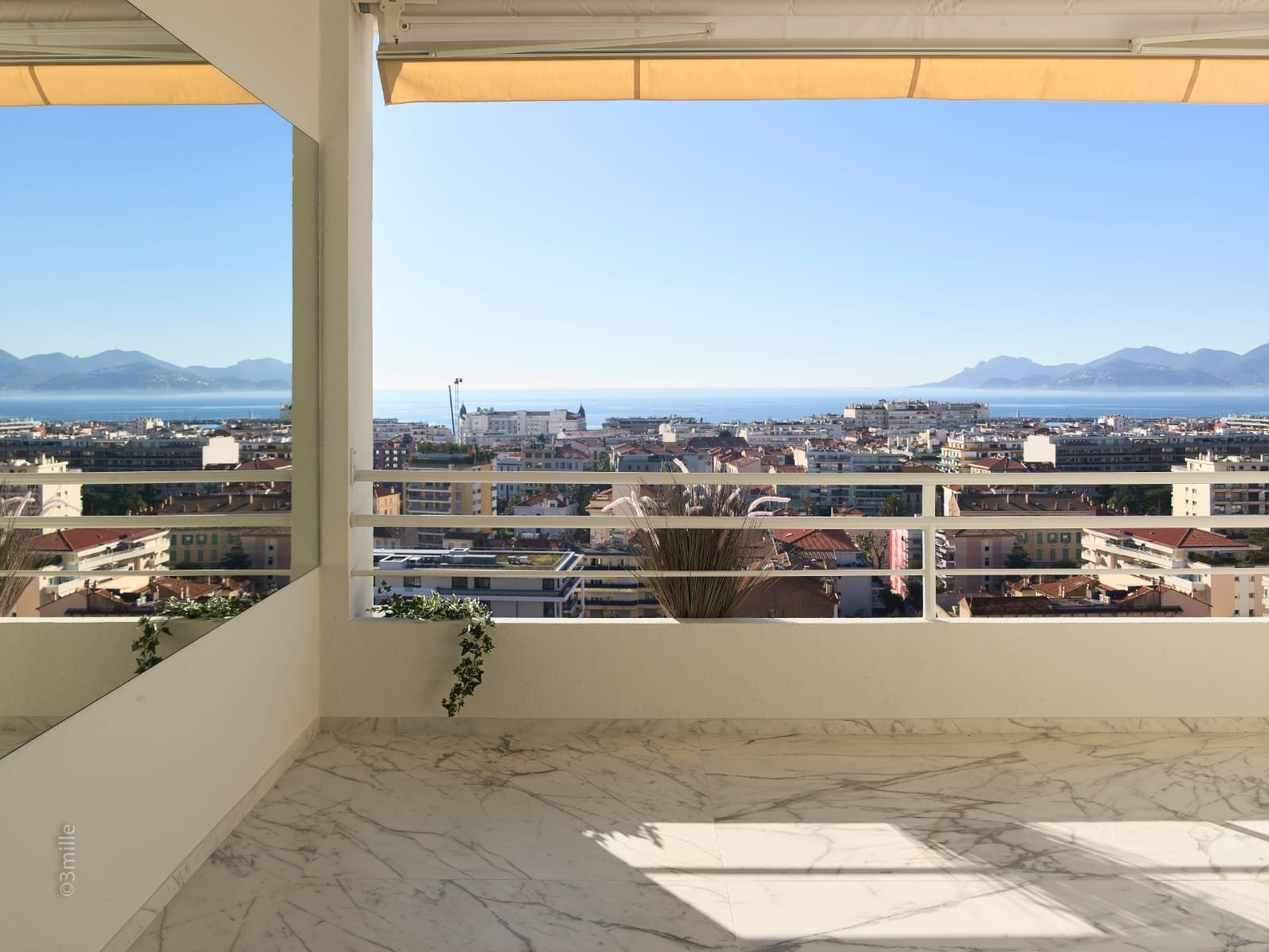 Cannes Montfleury - Seaview Large 3-bedroom apartment Terrace Garage