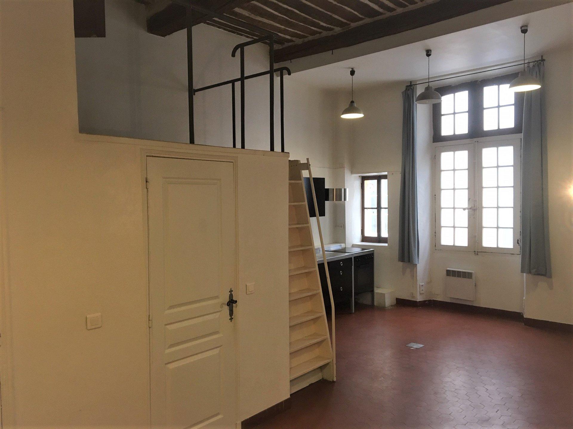 Appartement 2 Pièces 43m² Place Nationale