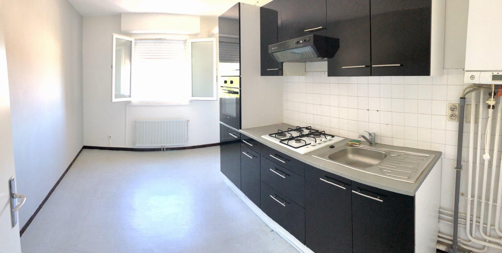Appartement T3 de 107 m² proche des commodités