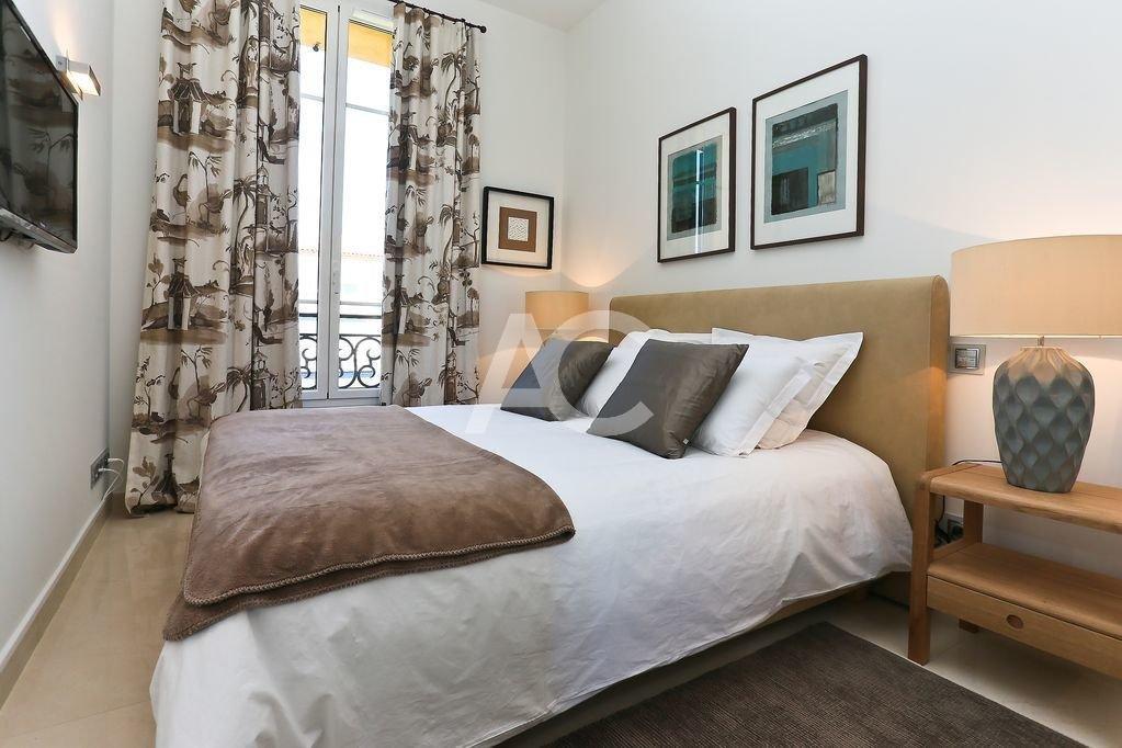 Appartement 4 pièces - Piscine - JUAN LES PINS