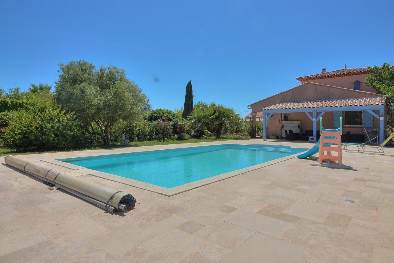 Sale Villa - La Londe-les-Maures