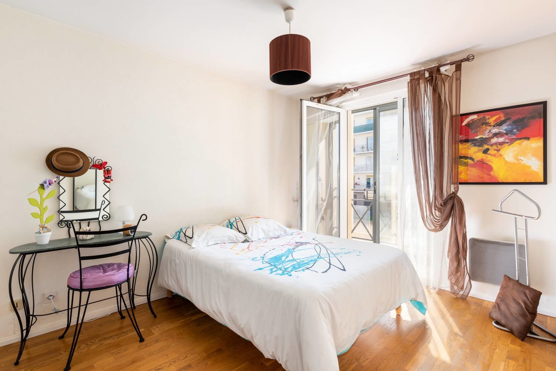 Caluire centre bourg - 3 chambres - balcons